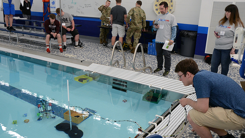 Student compete in the sea portion of the SeAL challenge