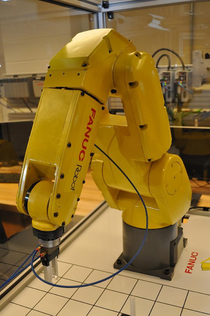 FANUC Robot | Penn State Altoona