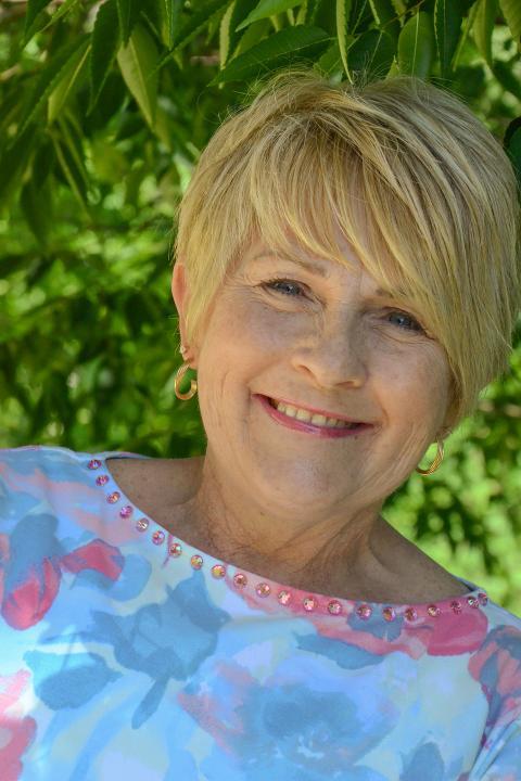 Essie Auker