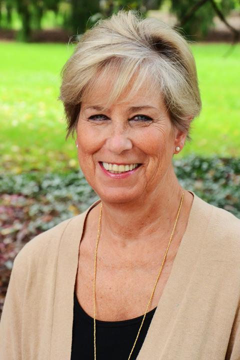 Suzanne Kuhn