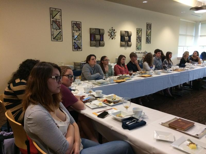 Attendees at the spring 2017 Sigma Tau Delta induction and dinner