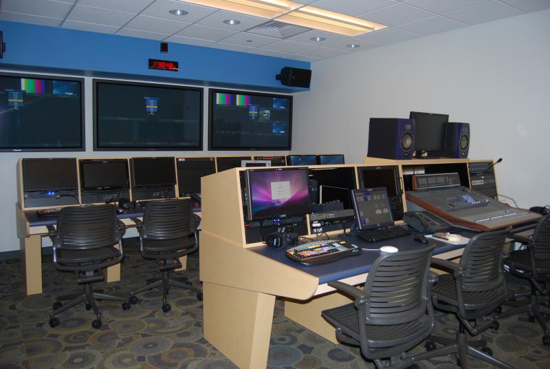Communications Lab, Aaron Building