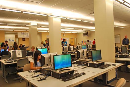 Hawthorn Building Computer Lab Penn State Altoona