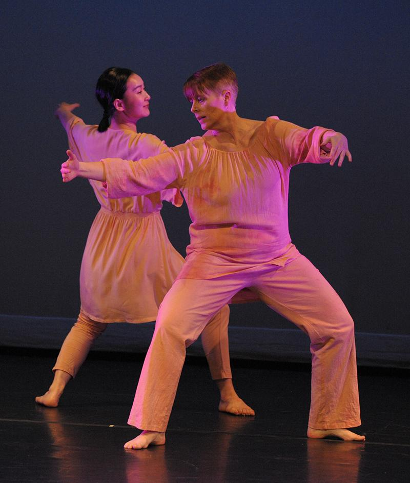 Faculty members Tingting Zhou and KT Huckabee perform as part of Ivyside Dance Ensemble 10th anniversary performance.